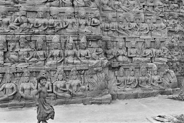 Wall Exhibition: ANGKOR by Peter Yung