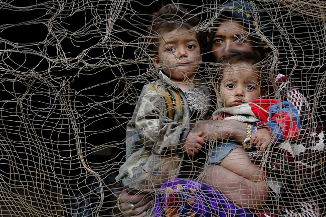 Wall Exhibition: Afghanistan - Between Hope and Fear by Paula Bronstein