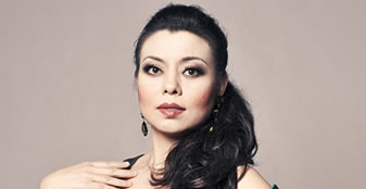 Club Lunch: My Life as China's First Western Diva