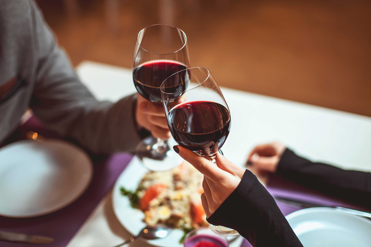 The wine dinners are highly social and educational evenings during which guests can get to know the winemakers and ask questions about their products.