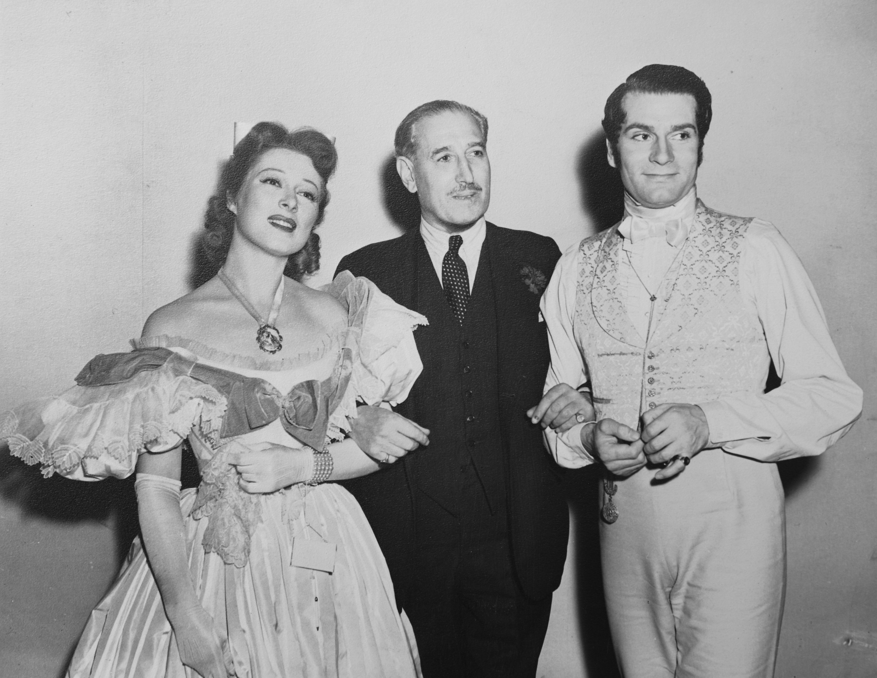 Sir Victor Sassoon with actor Laurence Olivier and actress Greer Garson