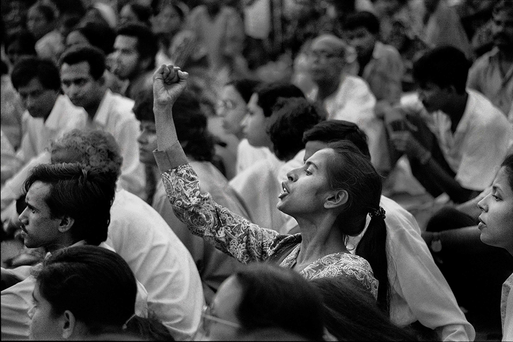 Singer and performer Smriti Azad at a rally at Central Shahid Minar in Dhaka, 1994