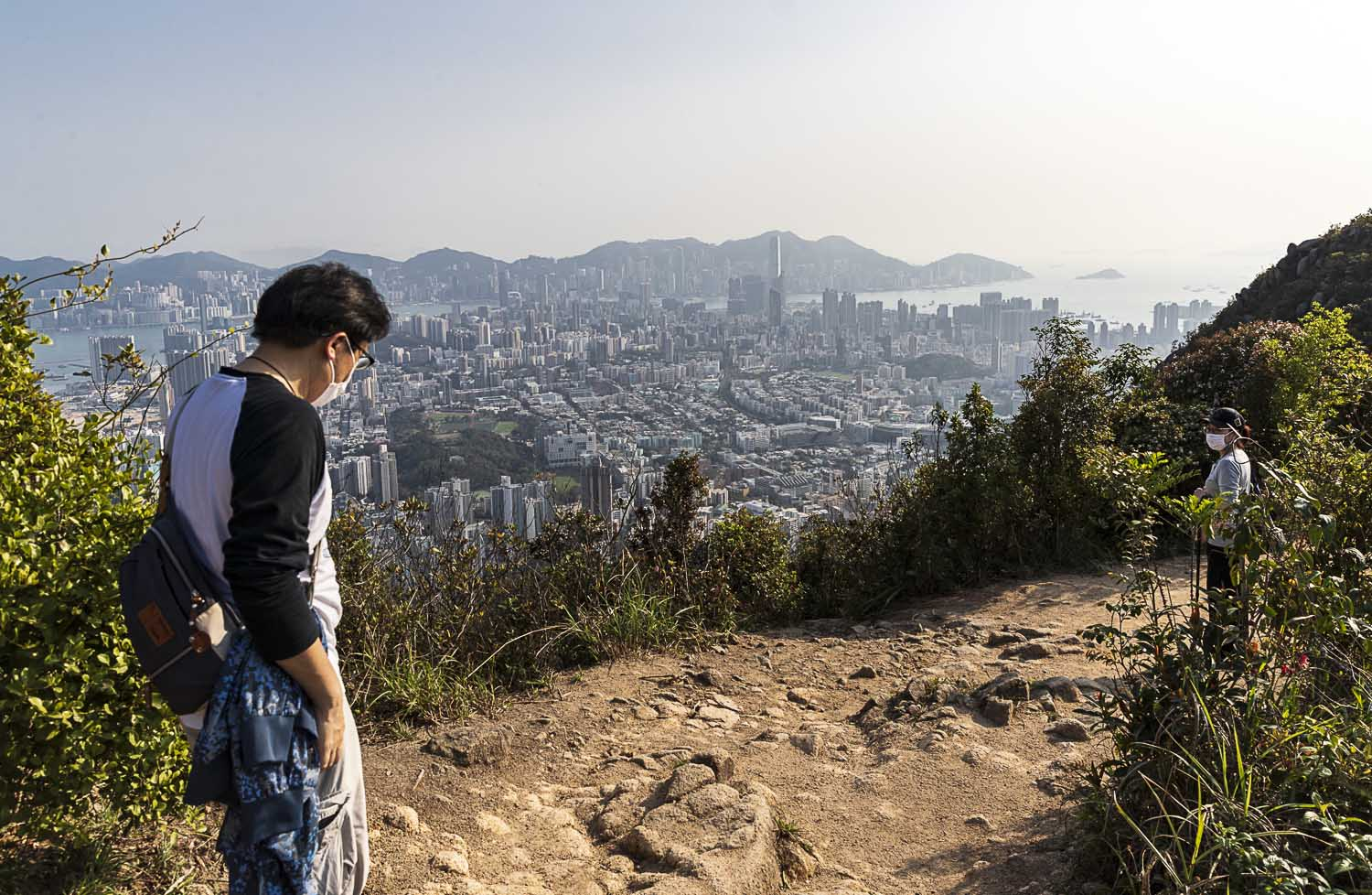 March 22, 2020: Hikers keep their distance