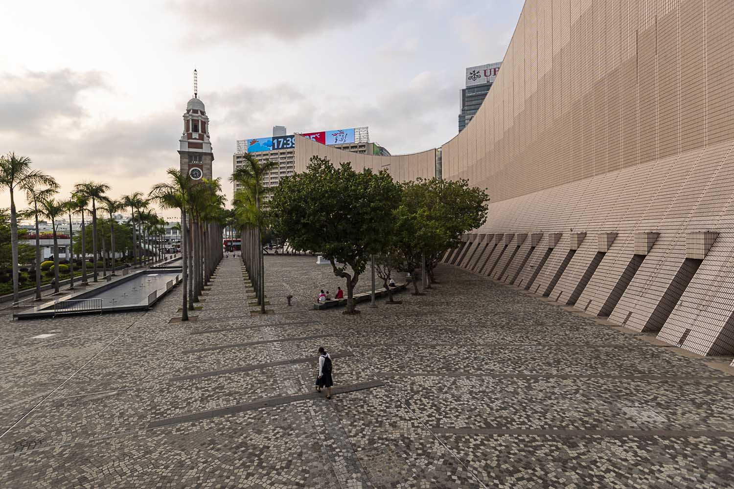 March 26, 2020: Museums and galleries are shut and few venture out